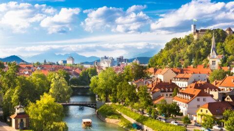 Flüge nach Slowenien