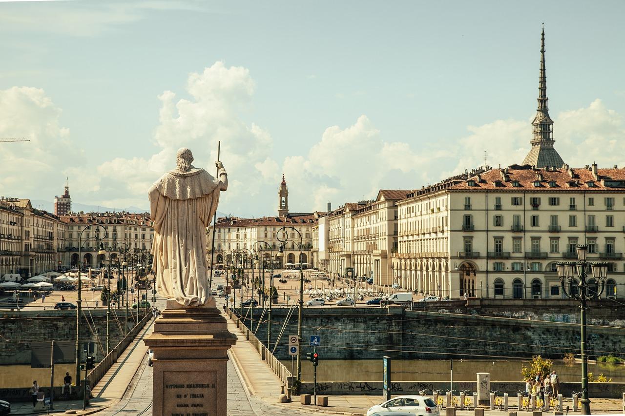 Flüge nach Turin