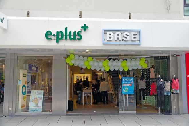Base & E-Plus Zeil 1