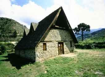 Die Scheunendachkirchen des Tróodosgebirges