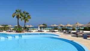 Pool auf Zypern